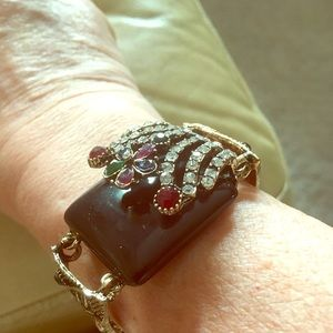 Jewelry - Antique look bracelet